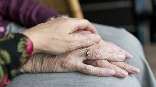 Liberty beneficia mais de 30 instituições de idosos no Brasil